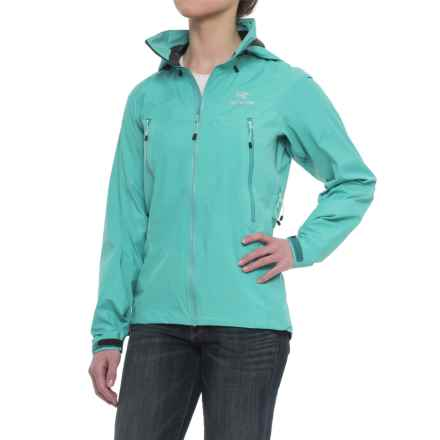 Arc'teryx Beta LT Hybrid Gore-Tex® Jacket - Waterproof (For Women) in Halcyon - Closeouts
