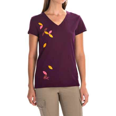 Arc'teryx Flutter T-Shirt - Short Sleeve (For Women) in Chandra Purple - Closeouts