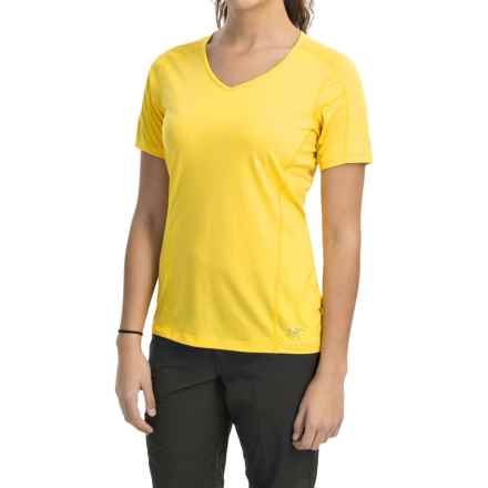 Arc'teryx Motus Crew Shirt - UPF 25, Short Sleeve (For Women) in Daffodil - Closeouts