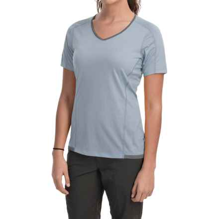 Arc'teryx Motus Crew Shirt - UPF 25, Short Sleeve (For Women) in Zircon - Closeouts