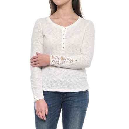 Ariat Agnes Henley Shirt - Long Sleeve (For Women) in Cloud Dancer - Closeouts