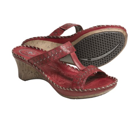 Ariat Cannes Sandals - Leather (For Women) in Chili