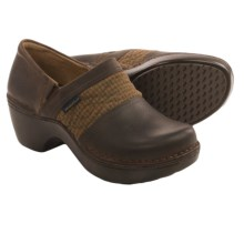 Ariat Piedmont Pendleton Clogs - Leather (For Women) in Walnut/Pendelton - Closeouts