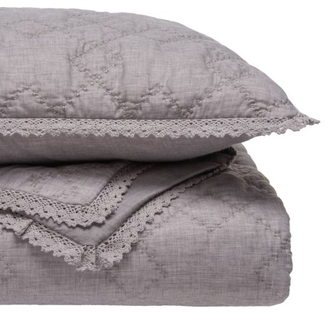 Artisan de Luxe Lace Diamonds Quilt and Sham Set - King in Grey