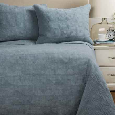 Artisan De Luxe Stonewashed Diamond Quilt Set - Full-Queen in Dusty Blue - Closeouts