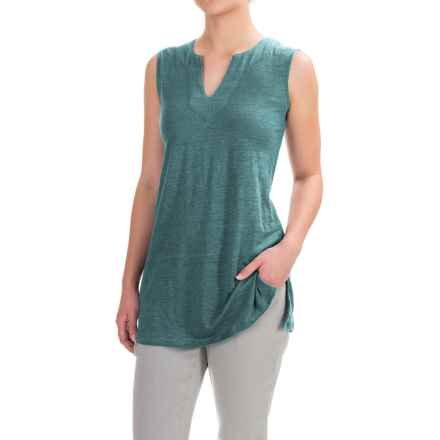 Artisan NY Linen High-Low Shirt - V-Neck, Sleeveless (For Women) in Muted Forest - Closeouts