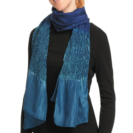Asian Eye Dolphin Shibouri Scarf - Silk (For Women) in Turquoise/Black