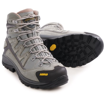 b5c94c5972f5 Women s Hiking Boots  Average savings of 39% at Sierra