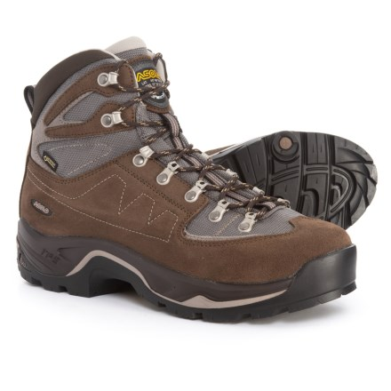 67904dfc9f3 Pac Boots average savings of 47% at Sierra