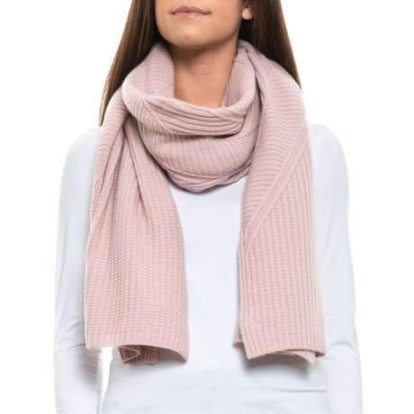 Image of Asymmetrical Cable Travel Scarf - Merino Wool (For Women)