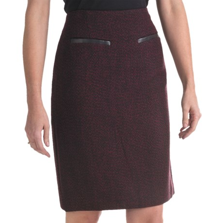 Atelier Luxe Boucle Skirt (For Women) in Black/Burgundy