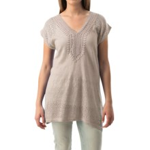 August Silk Applique and Pointelle Shirt - Short Sleeve (For Women) in New Linen - Closeouts