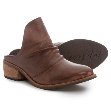 Image of Augustine Mule Shoes - Leather (For Women)