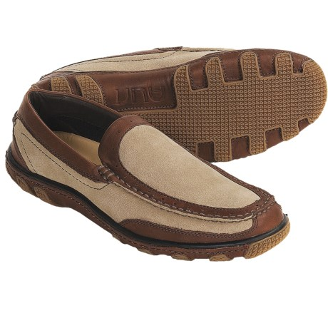 Auri Concord Driving Moccasins (For Men) in Natural/Tan