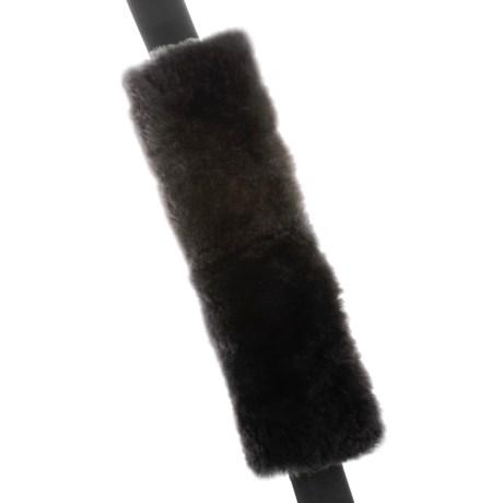 Auskin Sheepskin Seat Belt Cover in Charcoal Grey