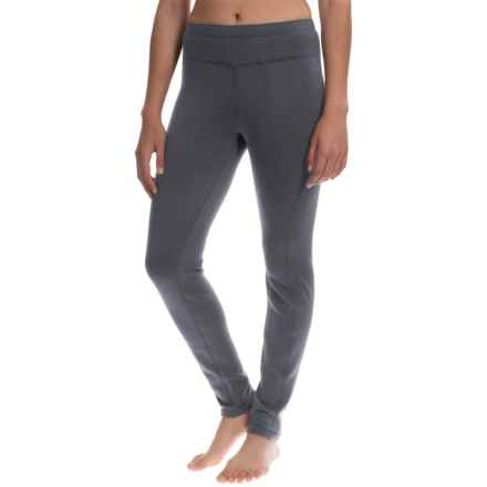 Avalanche Wear Mogul Fleece Base Layer Leggings (For Women) in Asphalt - Closeouts