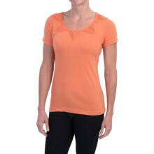 Aventura Clothing Dionne Shirt - Short Sleeve (For Women) in Flamingo - Closeouts