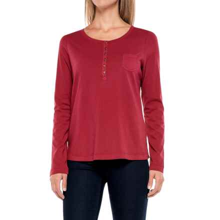 Aventura Clothing Evelyn Henley Shirt - Long Sleeve (For Women) in Gypsy Red - Closeouts