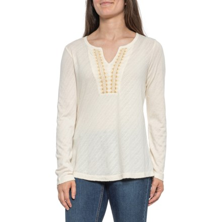 Women's Shirts & Tops: Average savings of 59% at Sierra