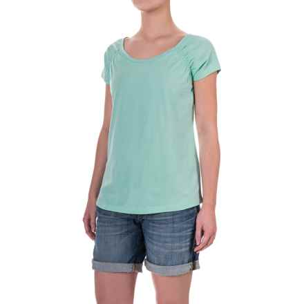 Aventura Clothing Raleigh Shirt - Organic Cotton, Short Sleeve (For Women) in Holiday - Closeouts