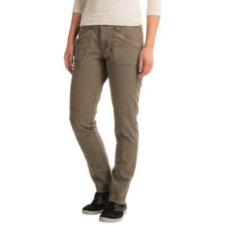 Aventura Clothing Titus Herringbone Pants - Straight Leg (For Women) in Walnut - Closeouts