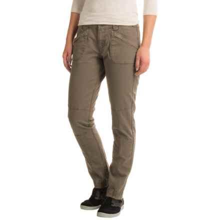 Aventura Clothing Titus Herringbone Pants - Straight Leg (For Women) in Walnut - Closeouts