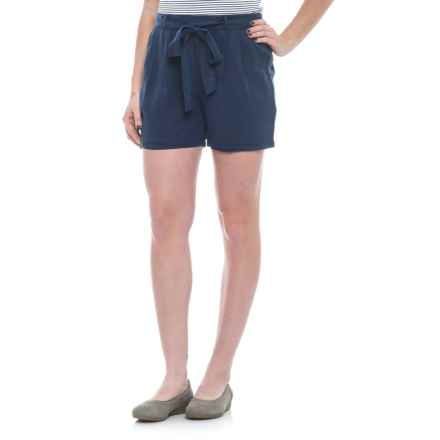 B Collection by Bobeau Bianca Belted Shorts (For Women) in Navy - Closeouts