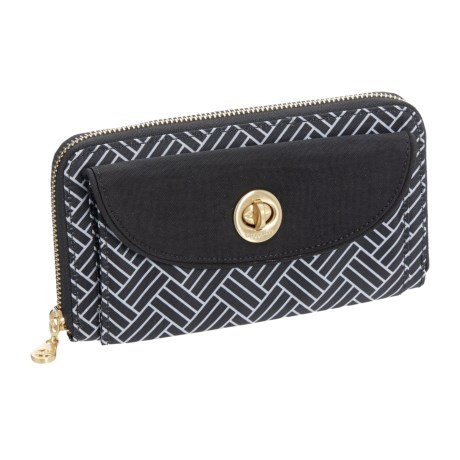 baggallini Kyoto RFID Wallet (For Women) in Black Basket Weave