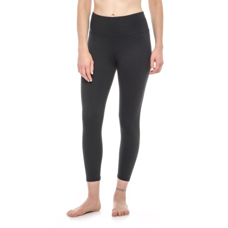 Balance Collection Solid High-Waist Capri Leggings (For Women) in Black
