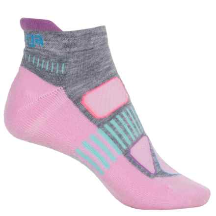 Balega Enduro 5 No-Show Running Socks - Below the Ankle (For Women) in Bubble Gum - Closeouts