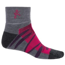 Balega Enduro V-Tech Socks - Merino Wool, Quarter Crew (For Men and Women) in Coal/Fuschia - Closeouts