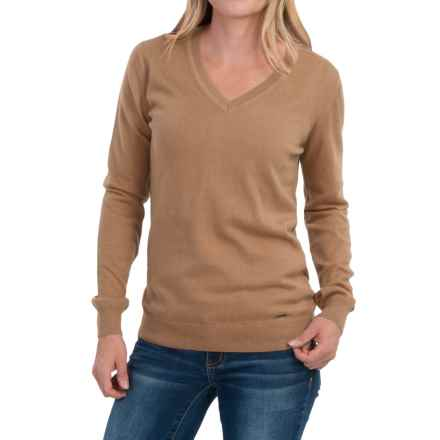Barbour Cotton-Cashmere Sweater - V-Neck (For Women) in Hessian - Closeouts