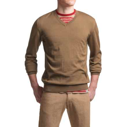 Barbour Redhill CoolMax® Sweater - V-Neck (For Men) in Sandstone - Closeouts