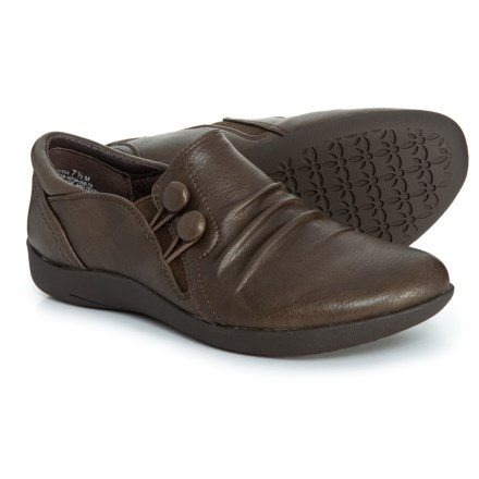 0d783a816d67 Clearance. Baretraps Naydia Shoes (For Women) in Coffee Wayside Pu