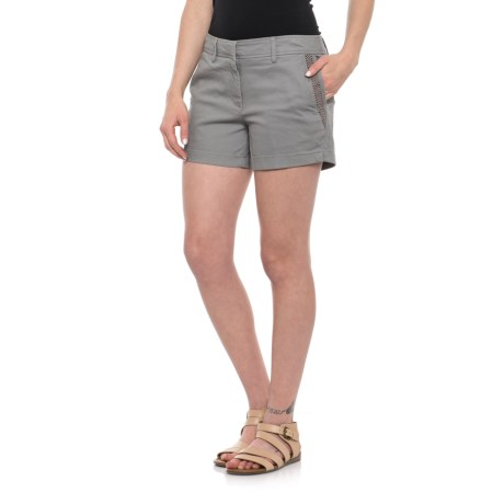 Beacan Cove Mesh Pocket Detail Shorts (For Women) in Alloy