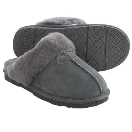 Bearpaw Loki II Slippers - Suede, Sheepskin Lining (For Women) in Charcoal