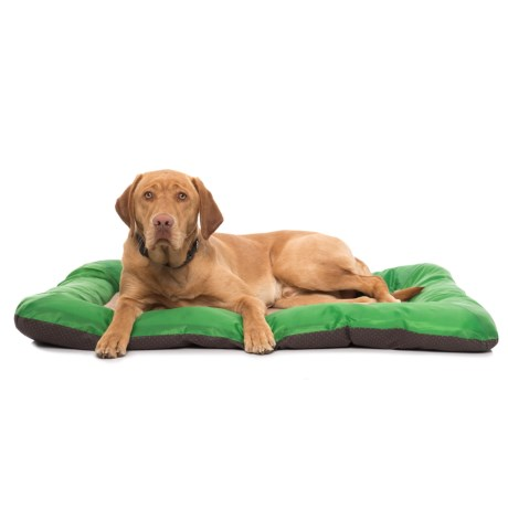 "Beatrice Home Fashions Bonfire Dog Crate Mat - 42x28"" in Green"