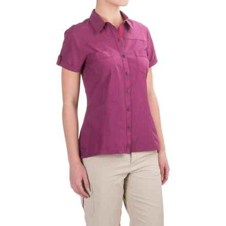 Bergans of Norway Tafjord Shirt - Short Sleeve (For Women) in Plum Check - Closeouts