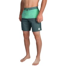 Billabong Shifty Lo Tides Boardshorts (For Men) in Mint - Closeouts