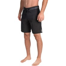 Billabong Shifty X Slub Boardshorts - Recycled Materials (For Men) in Black - Closeouts