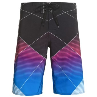 Billabong Ventor Board Shorts - Recycled Materials (For Men) in Fushia