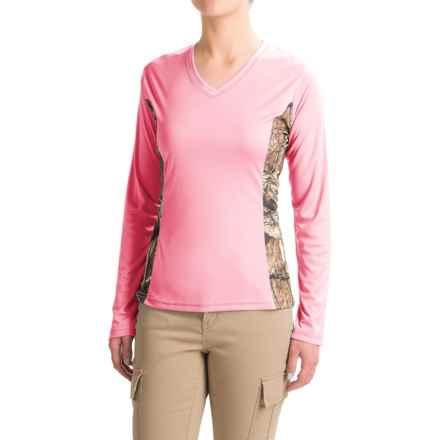 Bimini Bay Camo T-Shirt - UPF 30, V-Neck, Long Sleeve (For Women) in Pink - Closeouts