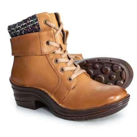 Women S Boots Average Savings Of 46 At Sierra Trading Post