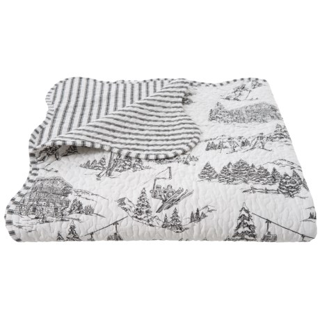 Image of Black and White Toile Scallop Edge Quilt - King