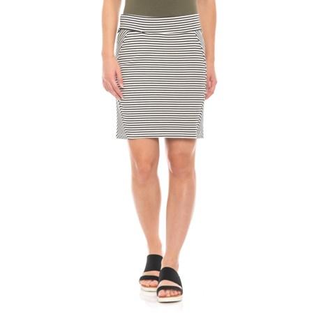 Image of Black Chic Stripe Transita Skirt - UPF 40+ (For Women)