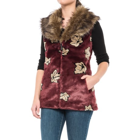 Black Mountain Faux-Fur Shawl Collar Vest (For Women) in Leaves