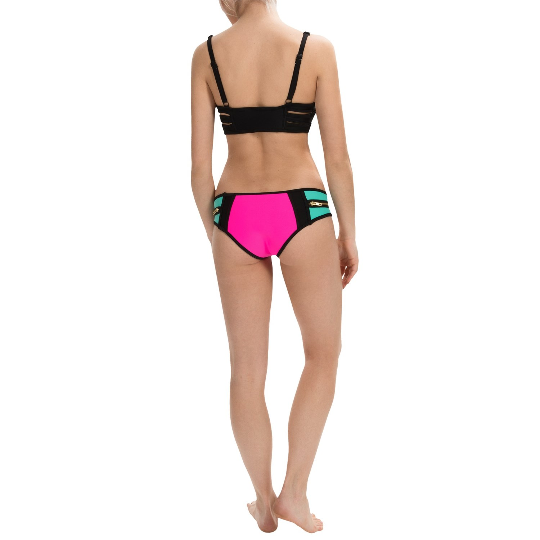 body blast 3 angle neoprene bikini set for women save 54. Black Bedroom Furniture Sets. Home Design Ideas