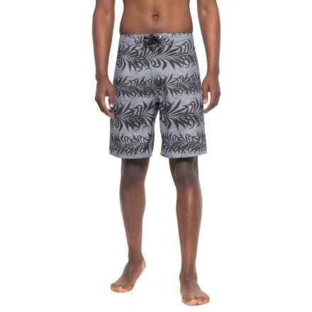 Body Glove Kiki Bay Boardshorts (For Men) in Charcoal - Closeouts