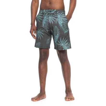 Body Glove Middles Vapor Hybrid Swim Trunks (For Men) in Black - Closeouts