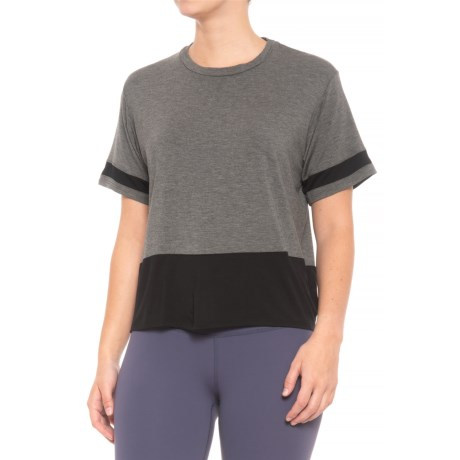 Body Language Remi T-Shirt - Short Sleeve (For Women) in Charcoal/Black